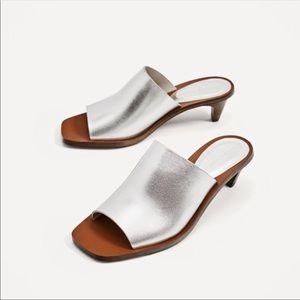 NWT || ZARA Silver Leather Mules